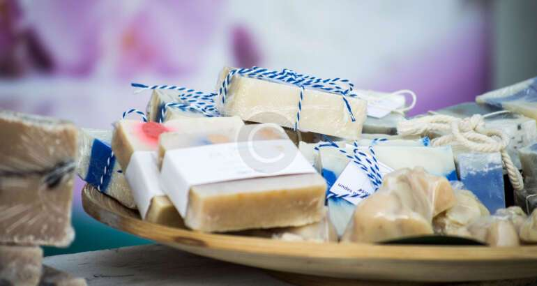 Choosing Soaps for Acne-Prone Skin and Dry Skin