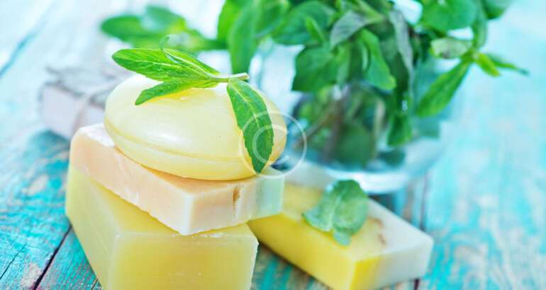 Why Choose All Natural Soap Over Commercial Soap